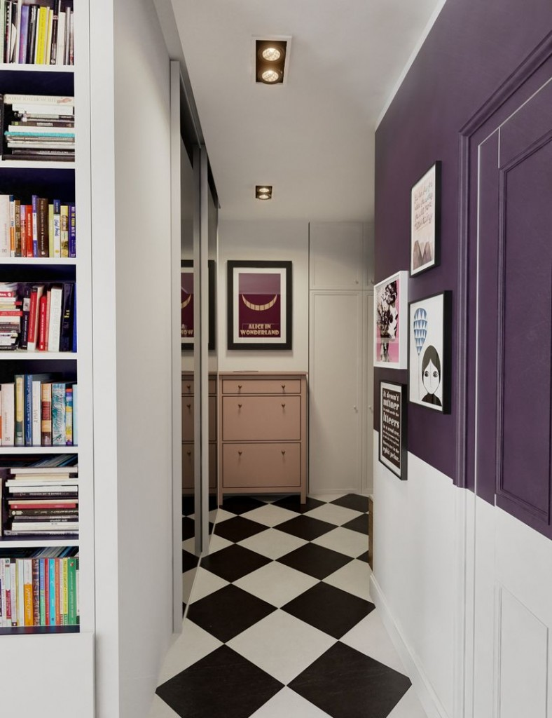 Окраска стен в коридоре фиолетовым цветом