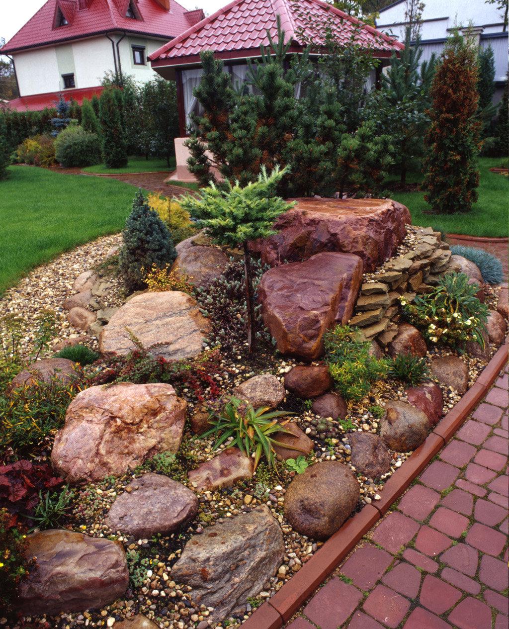 счастливые камни в саду дизайн фотогалерея витебские ковры доступной