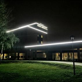Светодиодная подсветка контура плоской крыши
