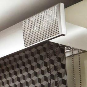 Багетный карниз из металла для штор в стиле хай-тек