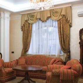Декор шторами гостиной в квартире