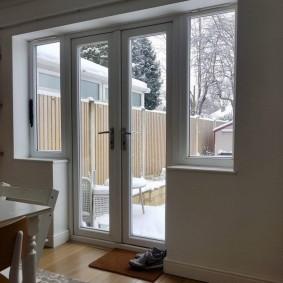 Балконный блок типа чебурашка в частном доме
