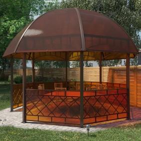 Восьмиугольная беседка с шатровой крышей