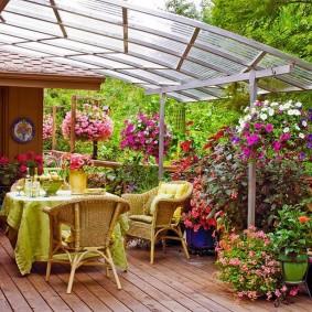 Уютное местечко для отдыха на даче