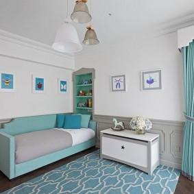 Голубой декор в спальне мальчика
