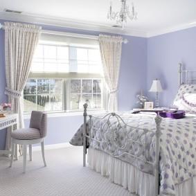 Интерьер спальной комнаты в деревенском стиле