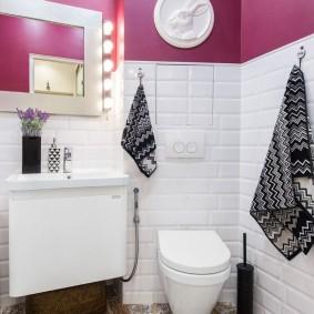 Окраска стен в отдельном туалете