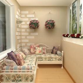Кованная мебель с мягкими подушками
