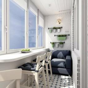 Деревянные стульчики белого цвета
