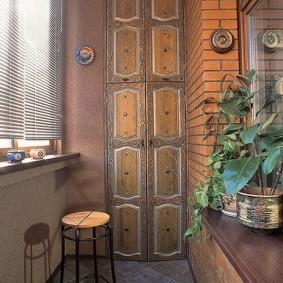 Красивая отделка балконе в стиле Востока