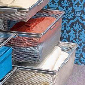 Сетчатые корзины для полотенец и белья