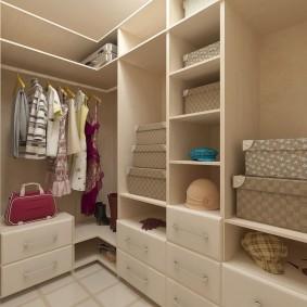Угловая гардеробная для девочки школьного возраста