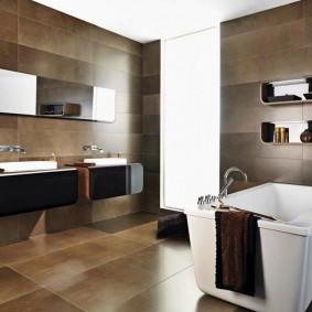 Коричневая плитка в ванной современного стиля