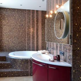 Мозаичная отделка ванной комнаты