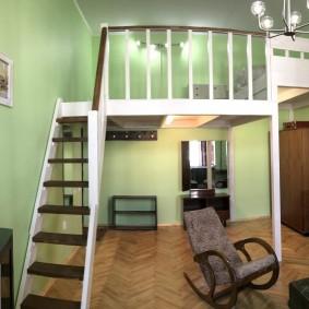 Небольшая квартира в два жилых уровня