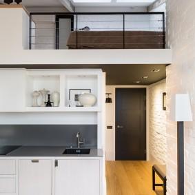 Дизайн компактной квартиры с двумя уровнями