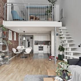 Контрастная отделка стен в современной квартире