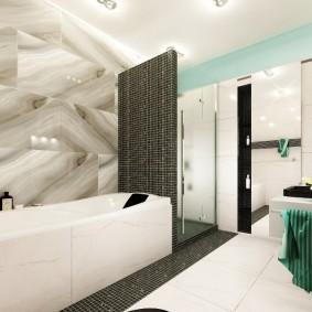 Небольшая ванная с душевой кабиной в углу
