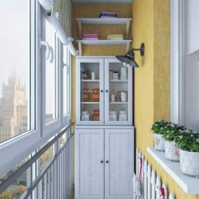 Деревянный буфет для хранения посуды на балконе