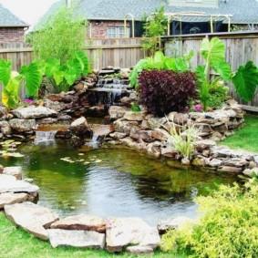 Искусственный пруд в ландшафтном дизайне