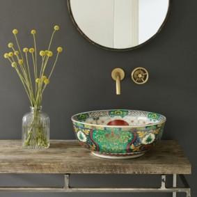 Керамическая раковина с художественной росписью