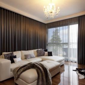 Прямые шторы в стиле минимализма