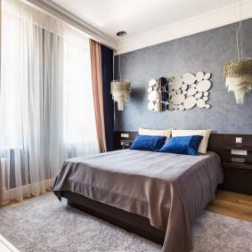 Двойные шторы в дизайне спальни