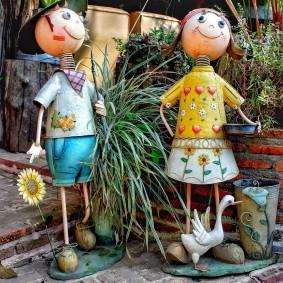Садовые фигурки маленьких человечков