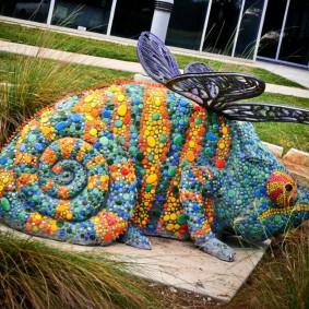 Садовая рыба с отделкой мозаикой