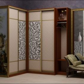 Декор узких створок купейного шкафа