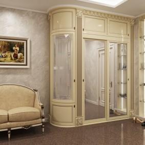 Шкаф из МДФ в прихожей классического стиля
