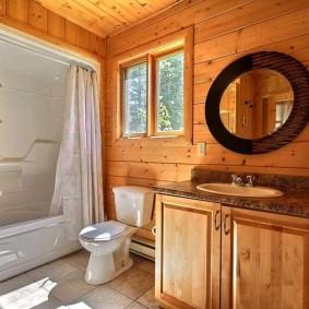 Интерьер ванной комнаты в дачном домике