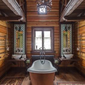 Интерьер ванной в доме с двумя умывальниками