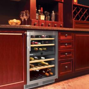 Винный шкаф со встроенным холодильником