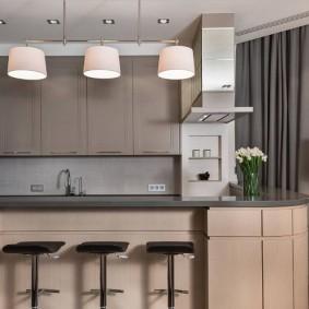 Лаконичный интерьер кухни в квартире