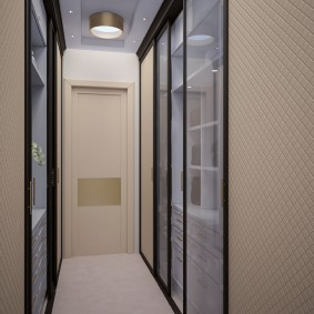 Дизайн узкого коридора со встроенной мебелью
