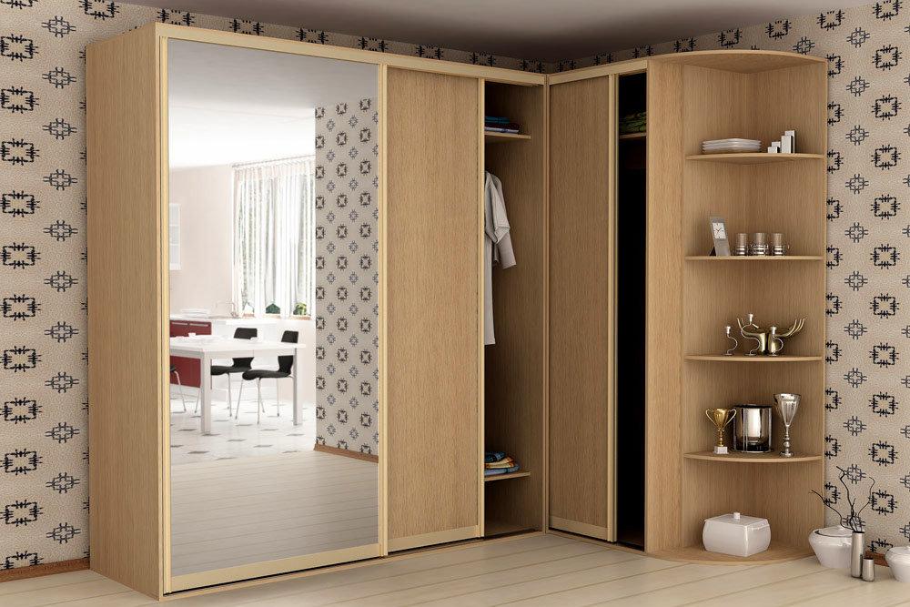 Г-образный купейный шкаф с большим зеркалом