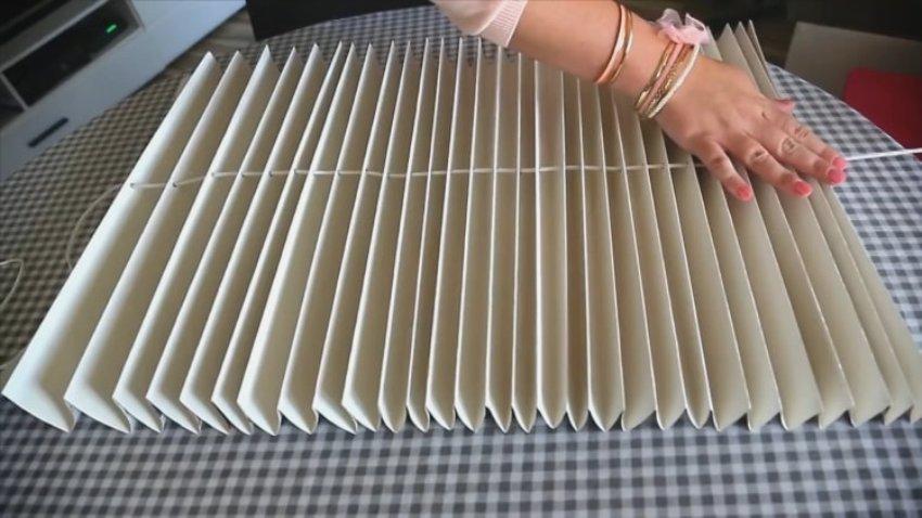 Бумажная штора своими руками из обоев