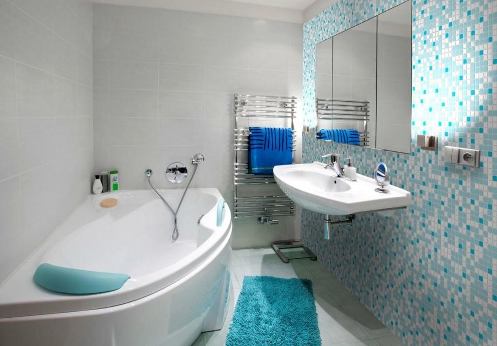 Подвесная раковина в маленькой ванной современного стиля