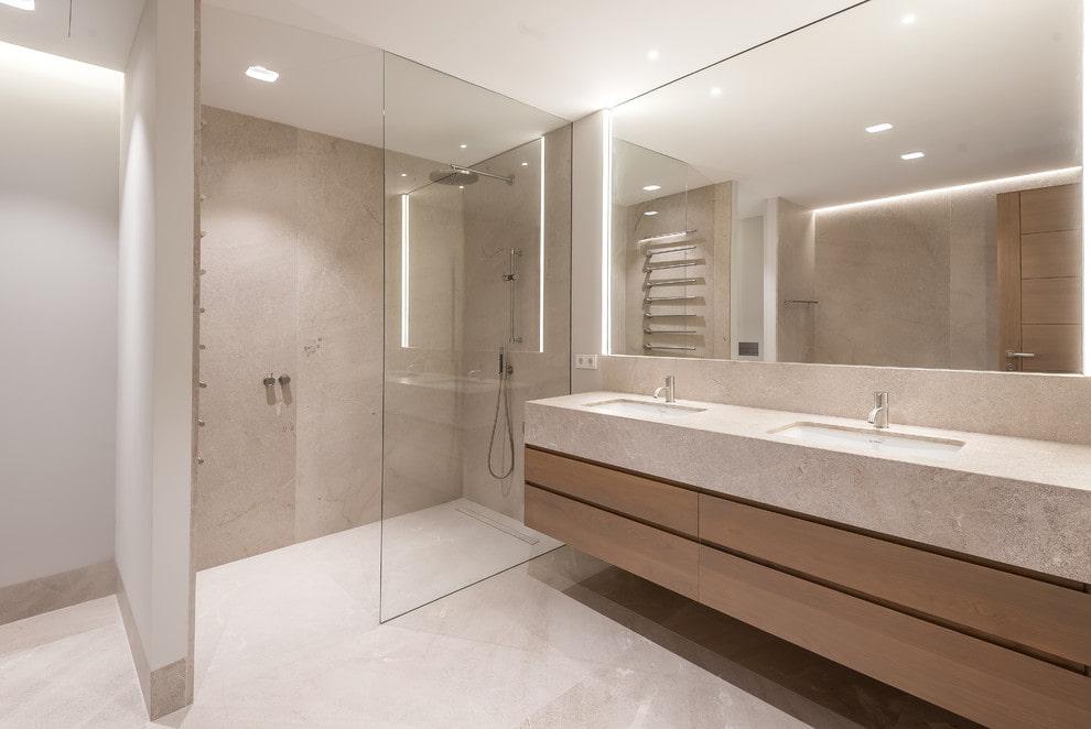 Душ без поддона в ванной минималистического стиля