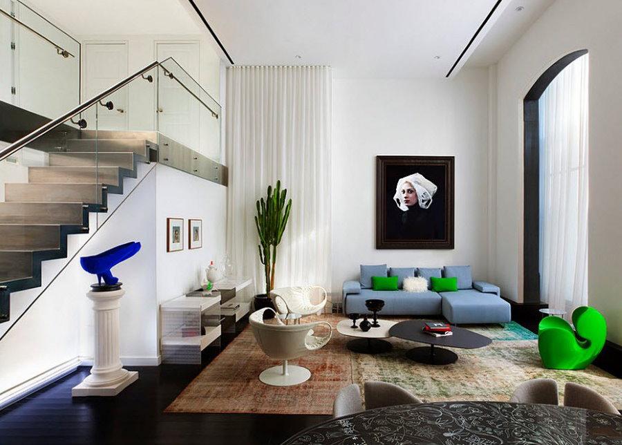 Дизайн двухуровневых апартаментов в стиле минимализм