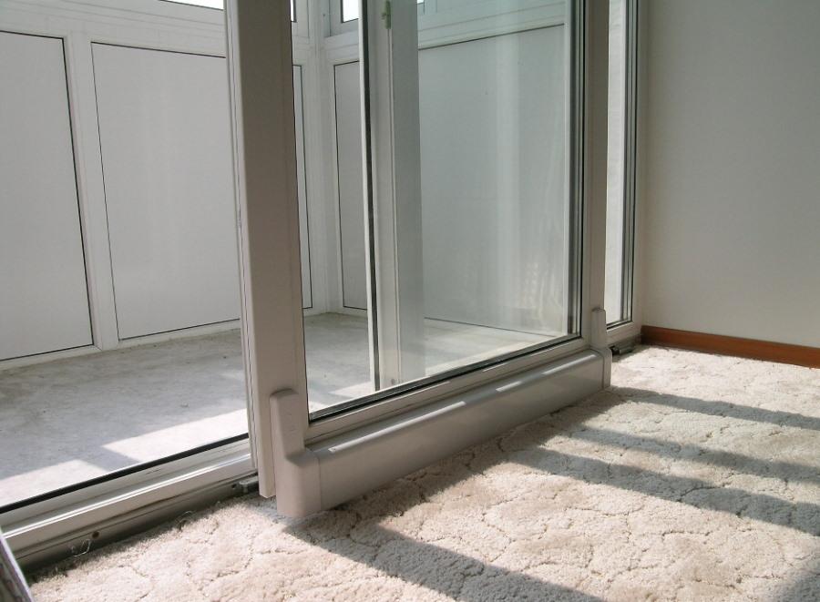 Сдвижная дверь на портальном балконном блоке