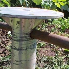 Завинчивание заборной сваи с круглой опорной площадкой
