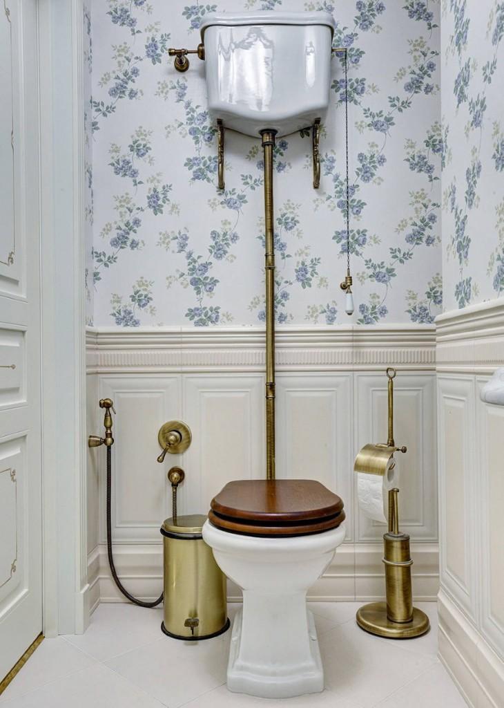 Гигиенический душ в туалете ретро стиля