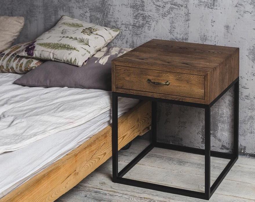 Прикроватная тумбочка для спальни в лофт стиле