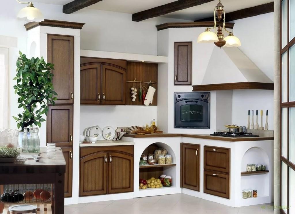 Встроенная кухня в деревенском стиле