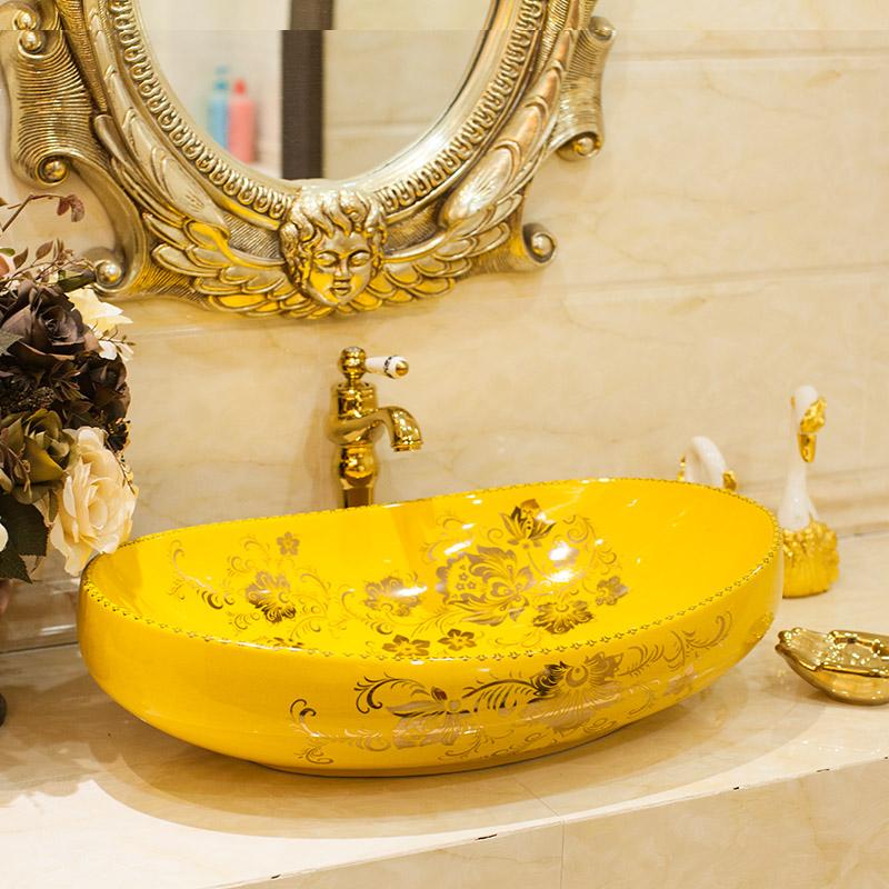 Желтый умывальник с ручной росписью