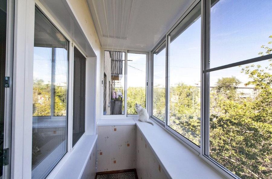 Раздвижные окна с алюминиевыми профилями