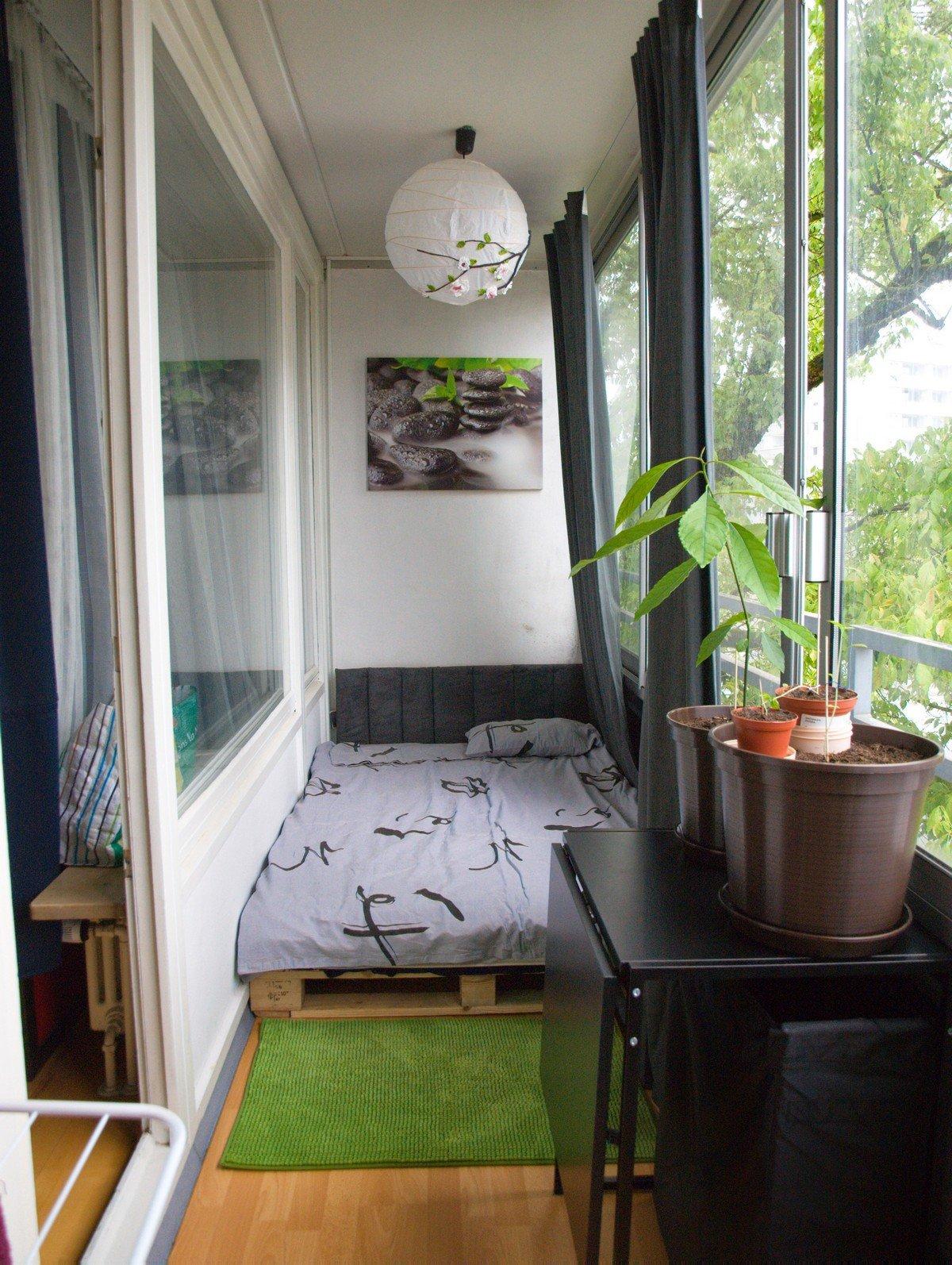 бетелевая кровать на лоджии дизайн фото для девушки