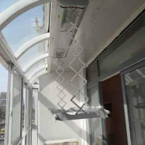 Потолочная сушилка с электроприводом и вентиляторами